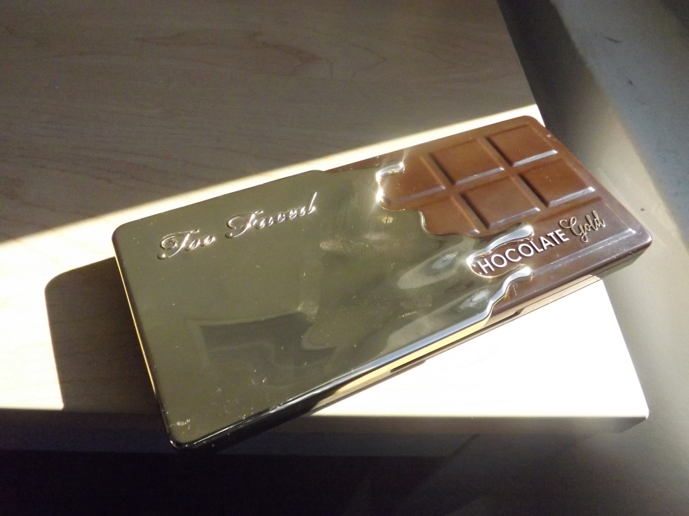 Too Faced Chocolate Gold Review For Deep Skin